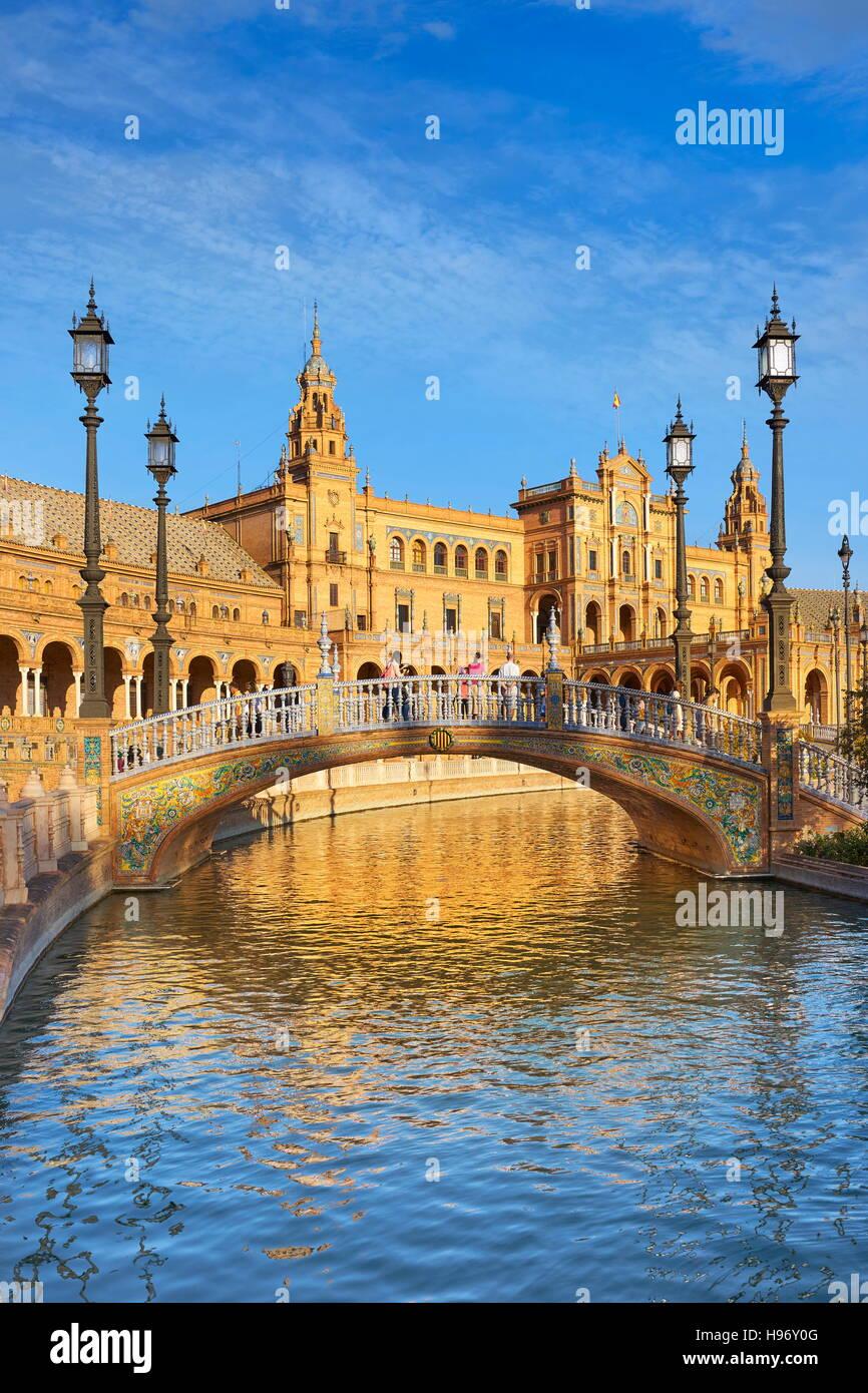 Sevilla - Plaza de Espana, Spanien Stockbild