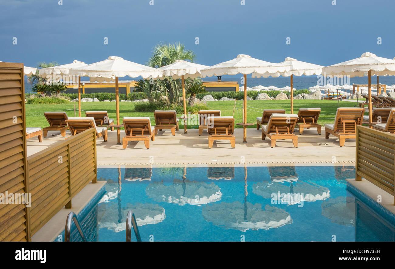 Luxus Hotel Schlafzimmer Swim Up Pool Und Blick Zum Strand