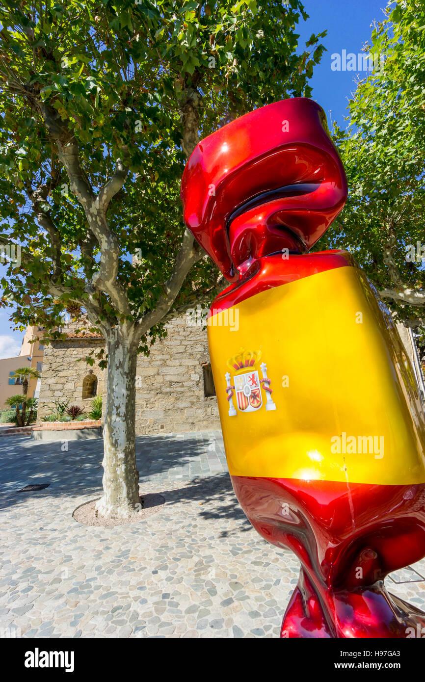 Eine Skulptur, ein Stück von Kunst im öffentlichen Raum, von Laurence Jenkell, Darstellung ein Bonbon Stockbild