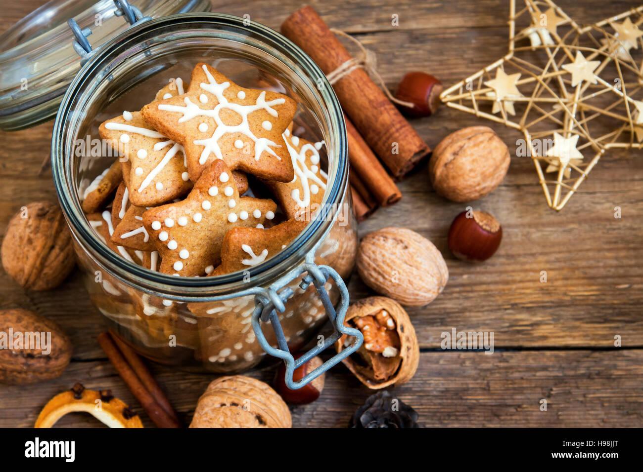 Lebkuchen Christmas Cookies Sterne In Das Glasgefass Mit