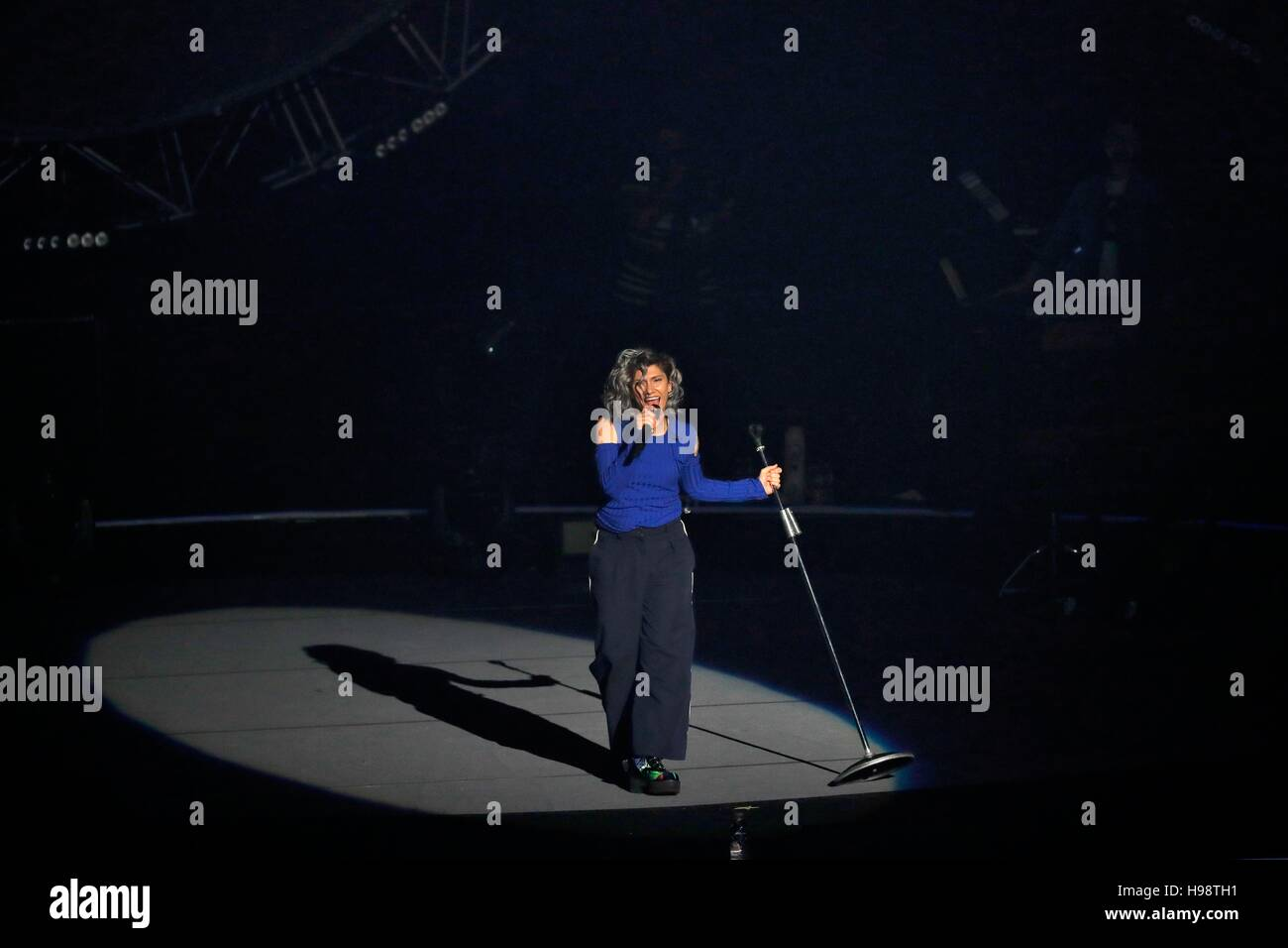 italian singer elisa stockfotos italian singer elisa bilder alamy. Black Bedroom Furniture Sets. Home Design Ideas