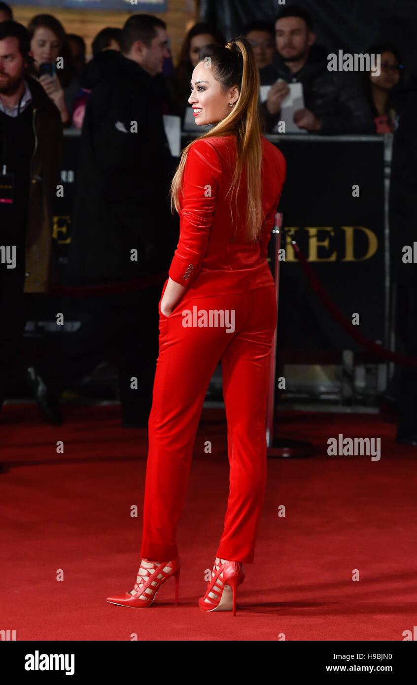 London, UK. 21. November 2016. Katya Jones besucht die Premiere der Alliierten im Odeon am Leicester Square, London. Stockbild