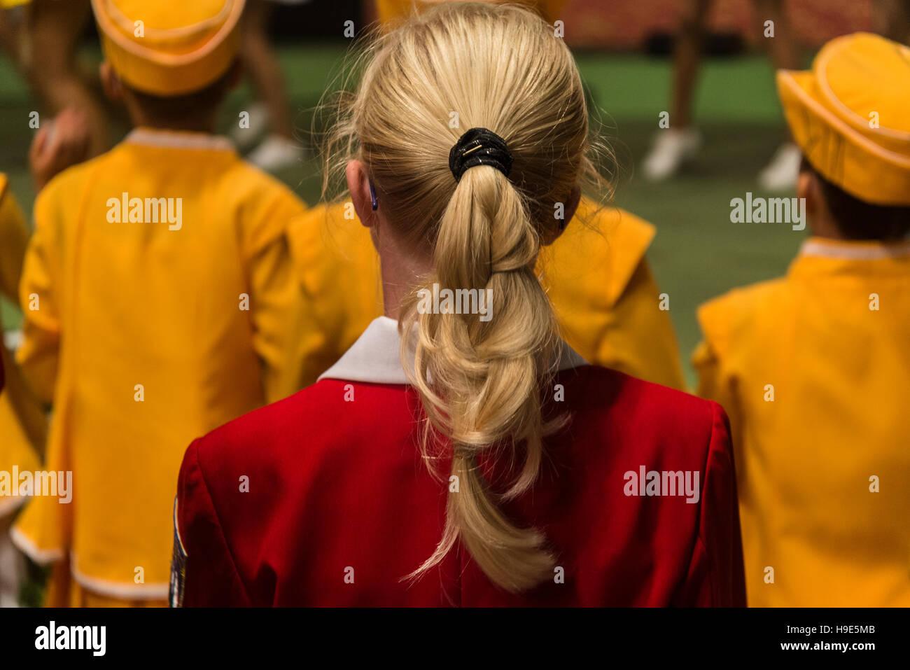 Mädchen mit Pferdeschwanz Stockbild