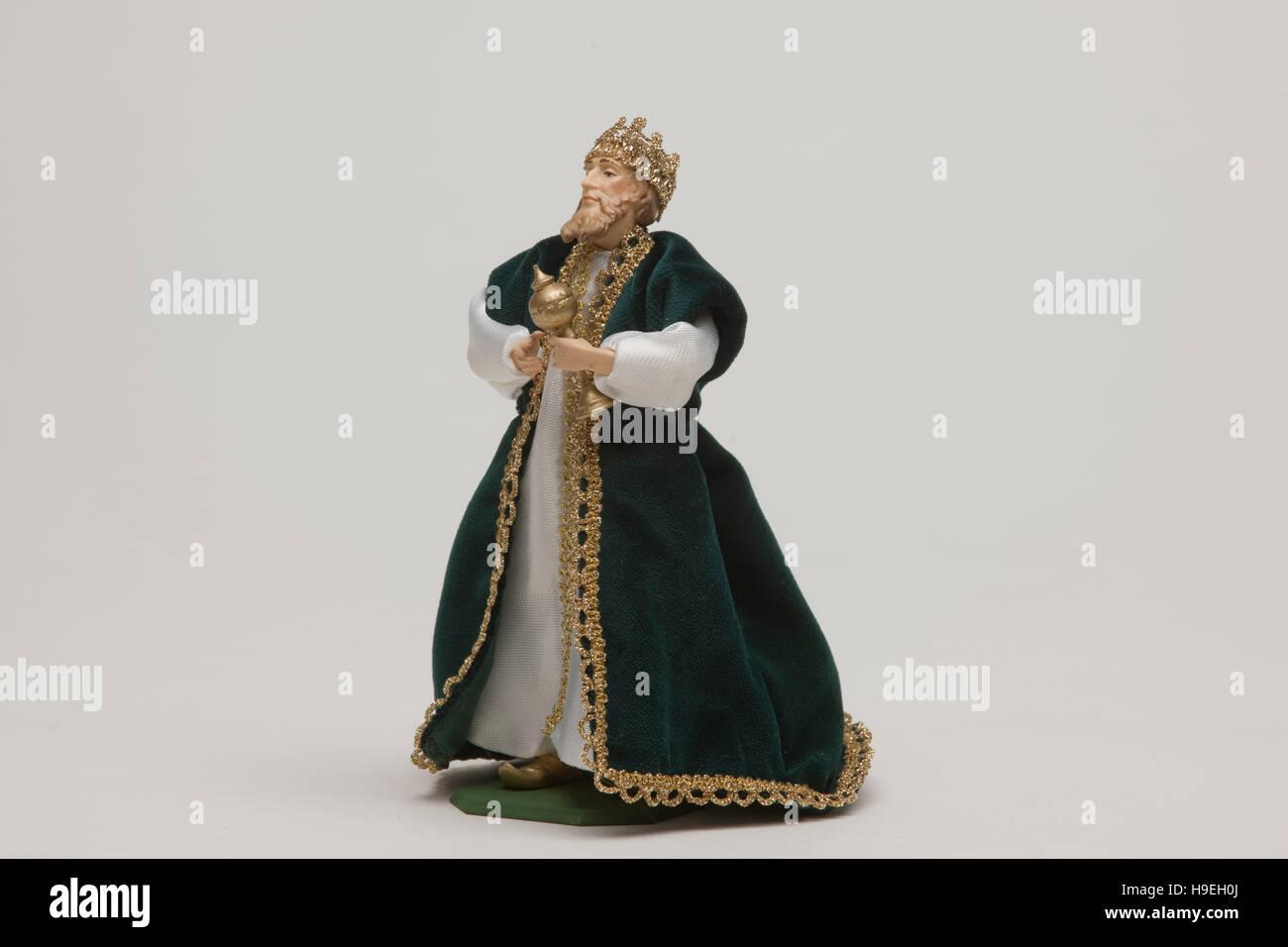 Krippenfigur der Firma Lang aus Oberammergau. Einer der hl. Drei Regierungspräsidentin. Stockbild