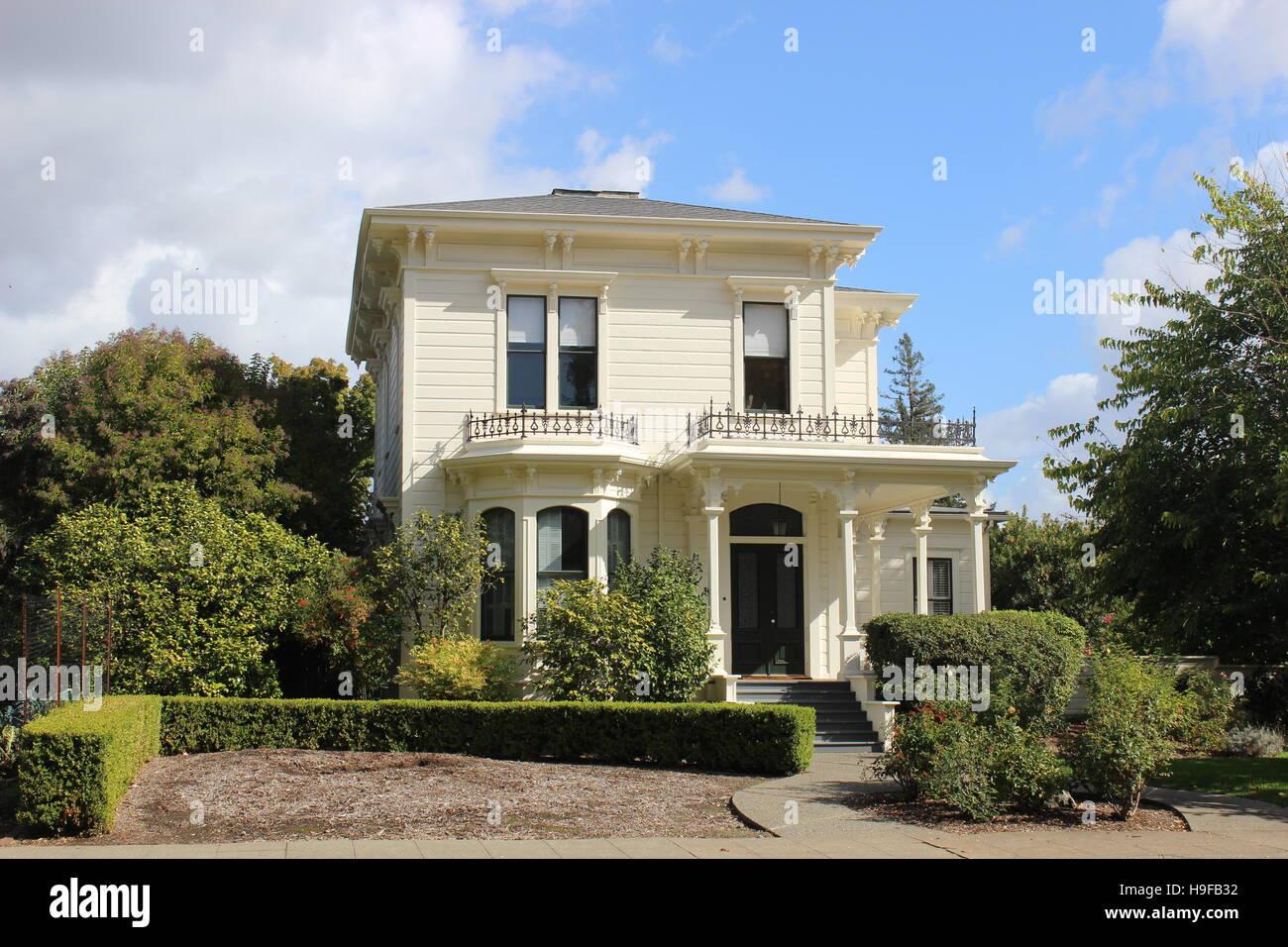 Schatten eines Zweifel Hauses, Italianate, Santa Rosa, Kalifornien Stockbild