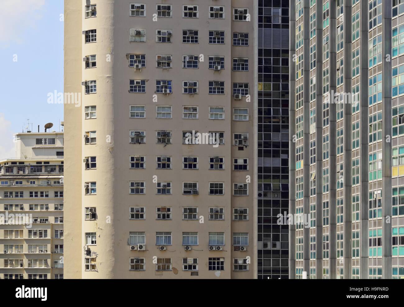 Brasilien, Stadt von Rio De Janeiro, Innenstadt, Detailansicht der Gebäude am Largo da Carioca. Stockbild