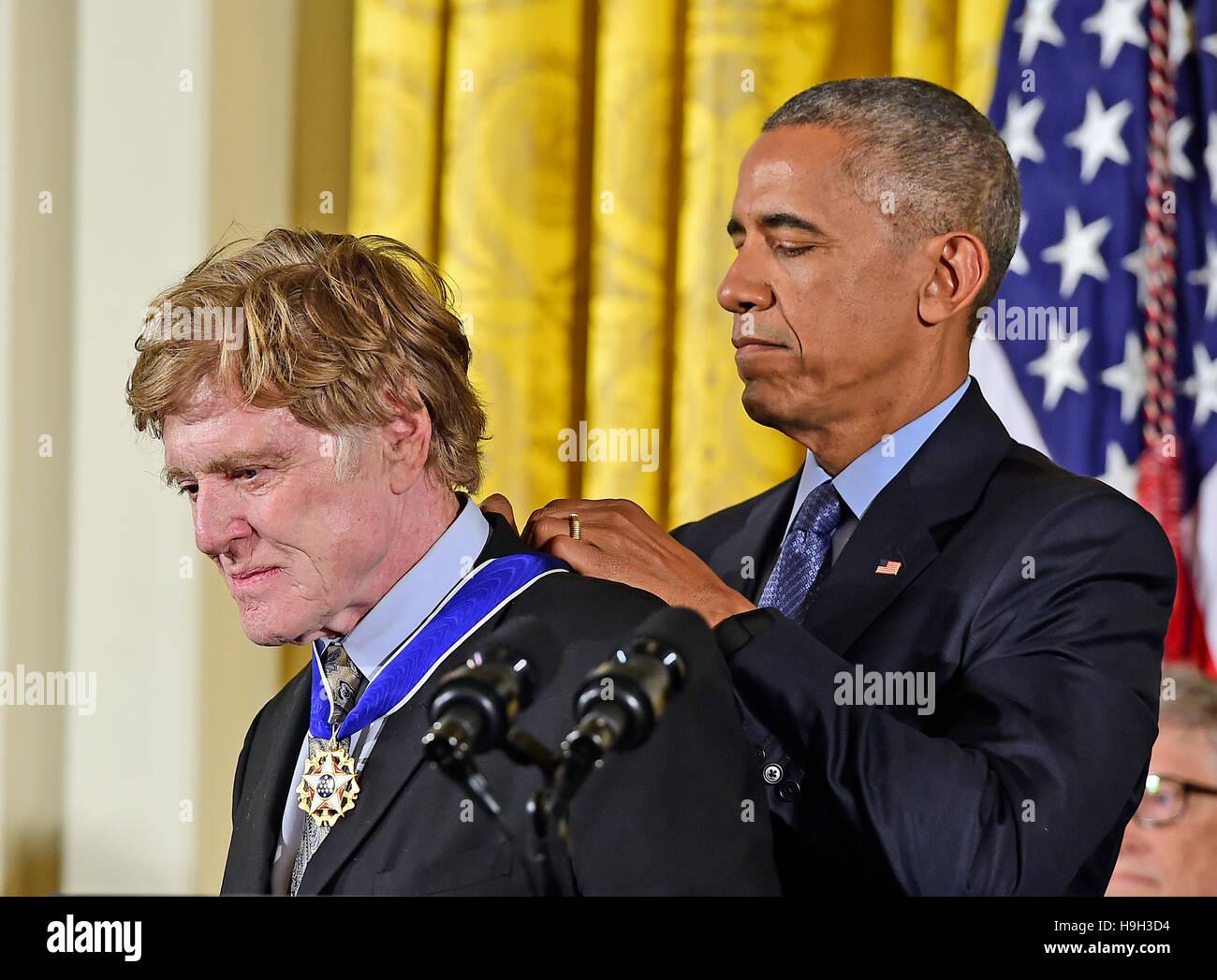 US-Präsident Barack Obama stellt die Presidential Medal Of Freedom, Schauspieler, Regisseur, Produzent, Unternehmer Stockbild