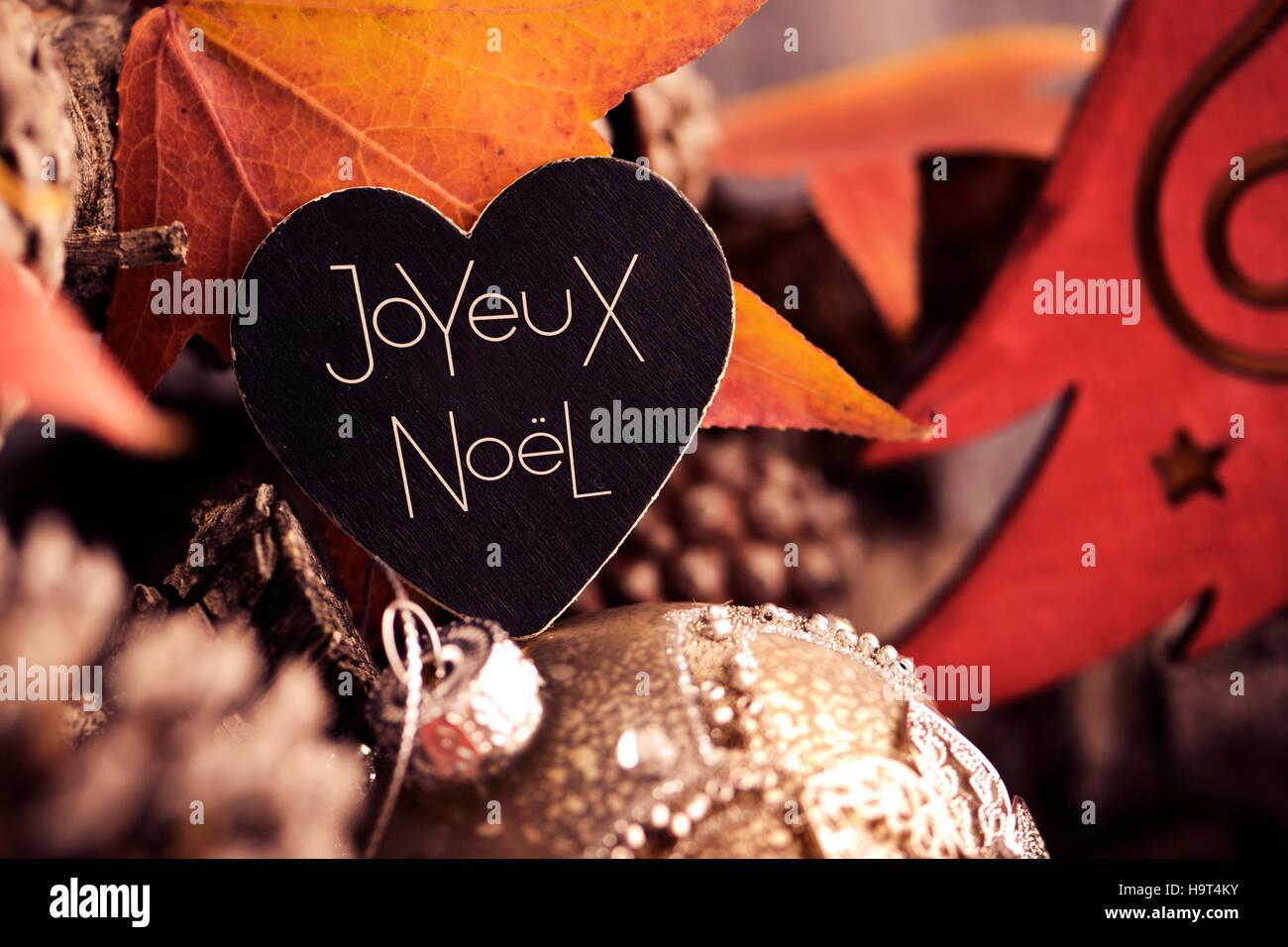 Weihnachtsgrüße In Französisch.Der Text Joyeux Noel Frohe Weihnachten Geschrieben Französisch In