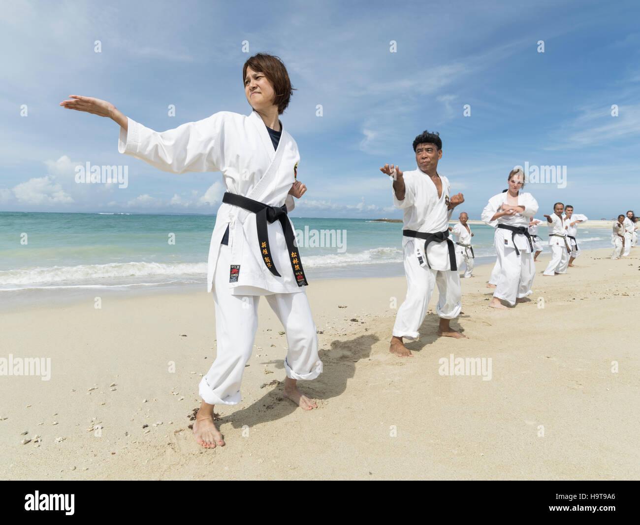 Nett Taekwondo Zertifikat Rahmen Galerie - Rahmen Ideen ...