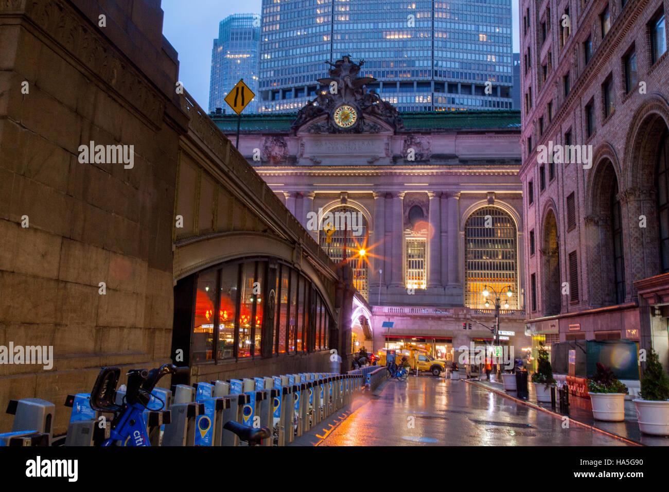 Grand Central station außen 42nd Street, New York City, Vereinigte Staaten von Amerika. Stockbild
