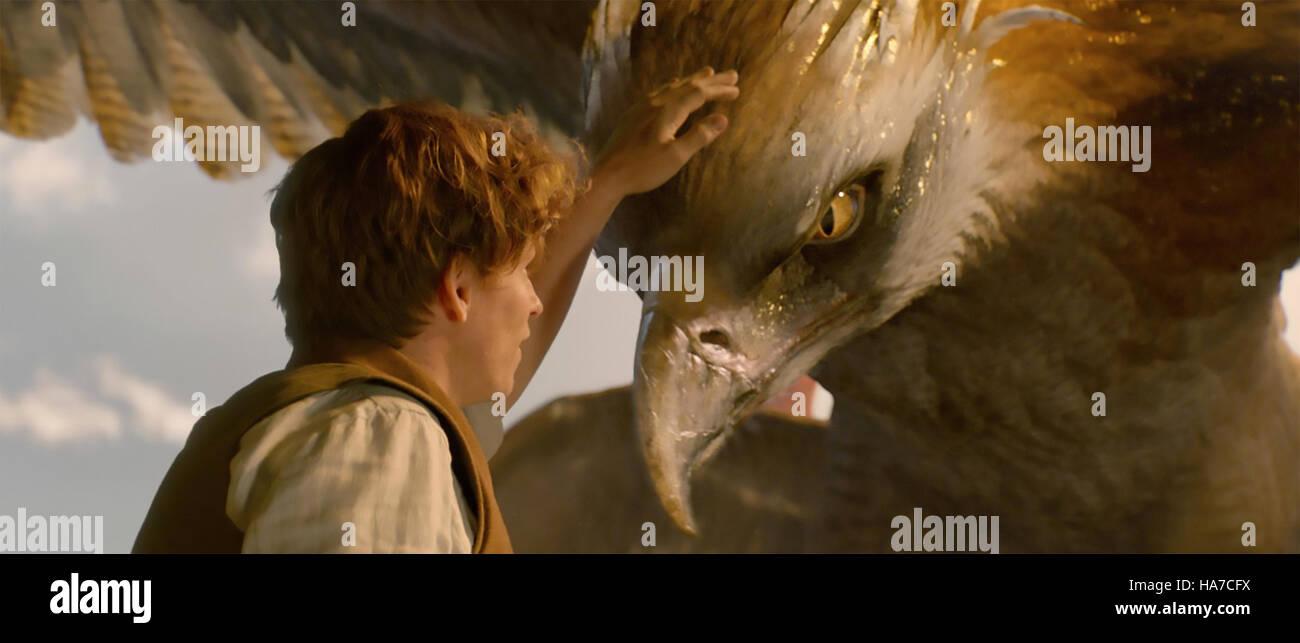 FANTASTISCHE BEATS und wo zu finden Sie 2016 Warner Bros Film mit Eddie Redmayne Stockbild