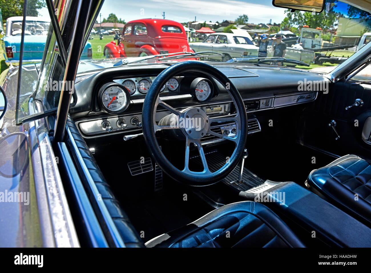 http://c8.alamy.com/compde/haadhw/klassische-1964-ford-galaxie-500-xl-auto-show-in-glen-innes-in-neu-sud-wales-australien-zeigt-interieur-haadhw.jpg