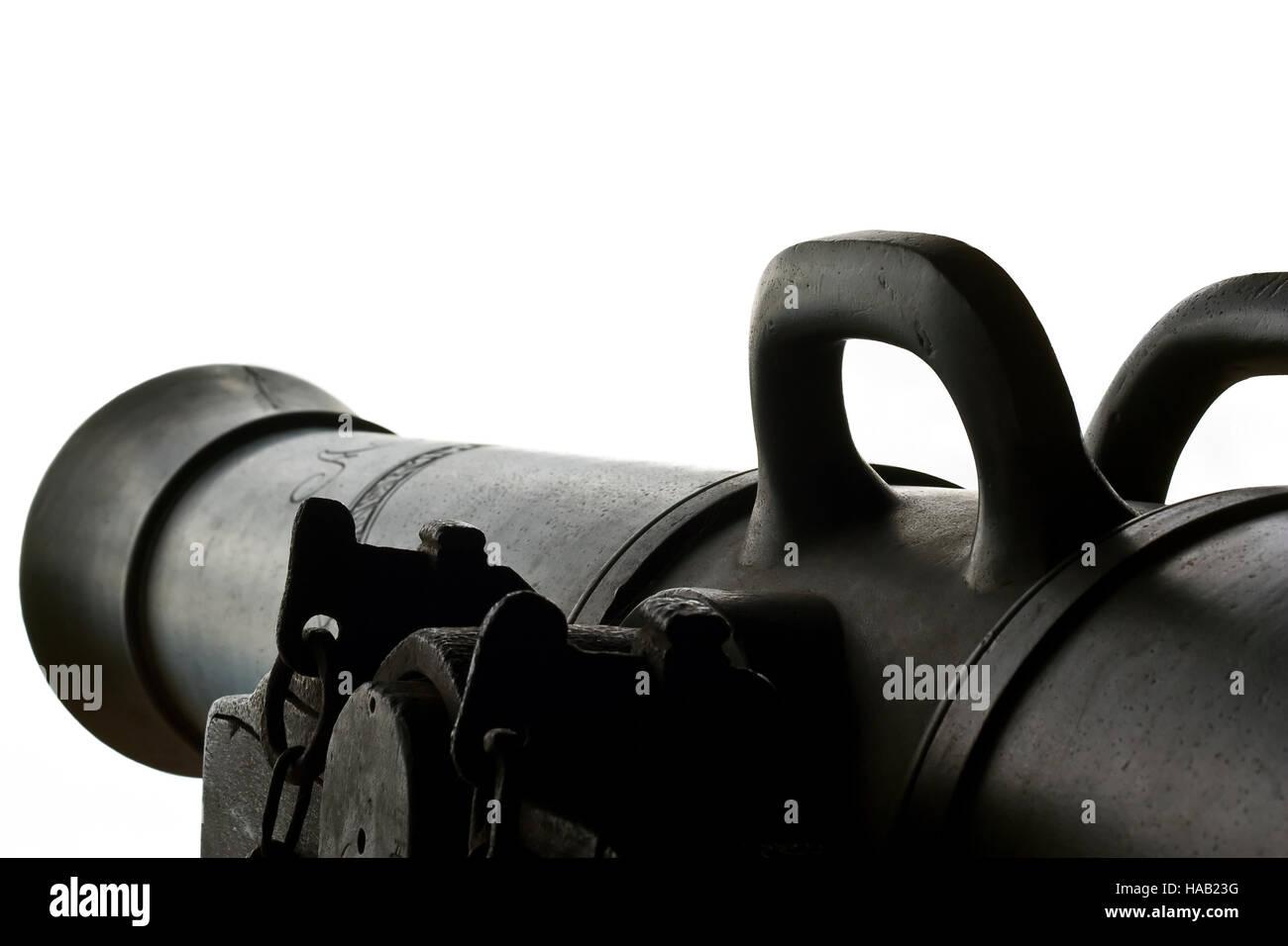 Dunkel braun alte Kanone detailliert und isoliert Stockbild