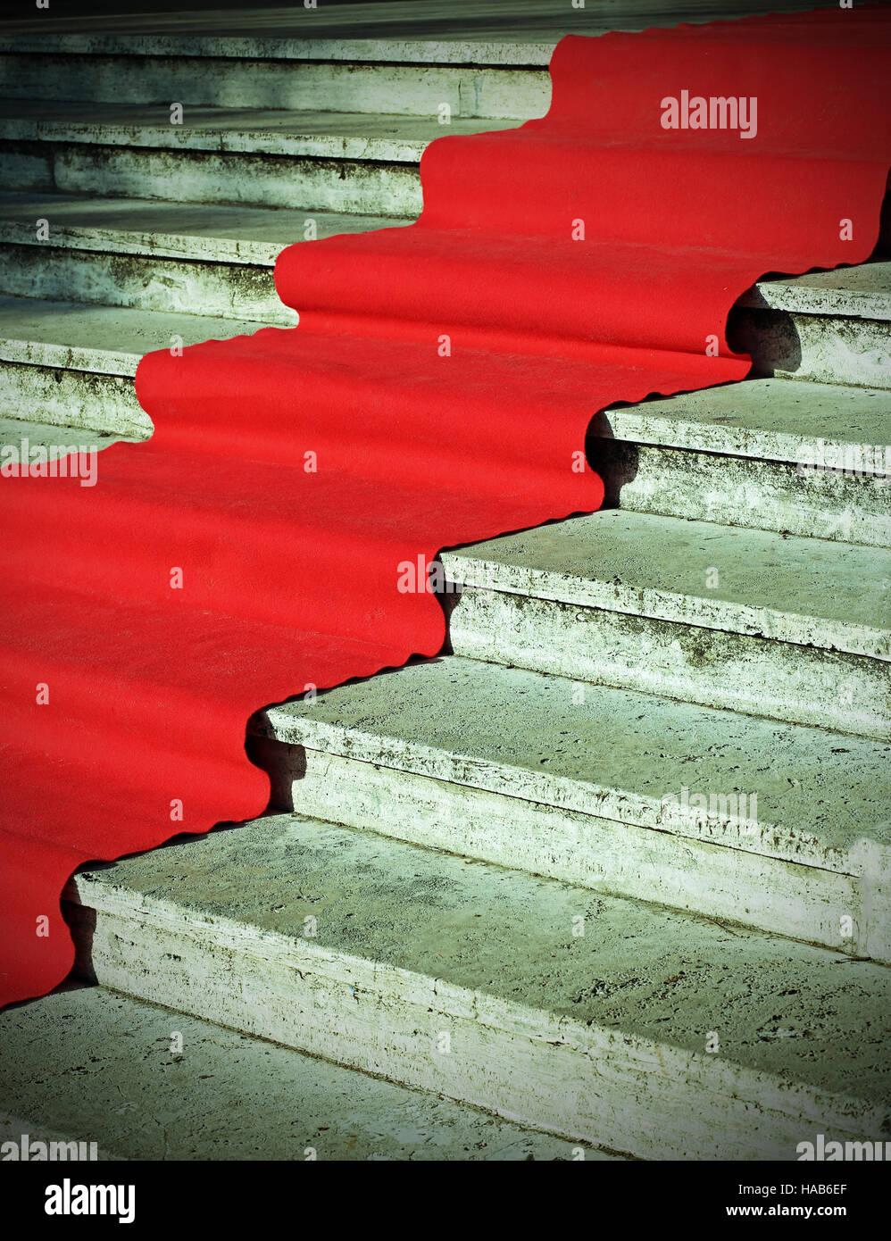 elegante lange rote Teppich auf der Treppe an der vip-Mode-event Stockbild