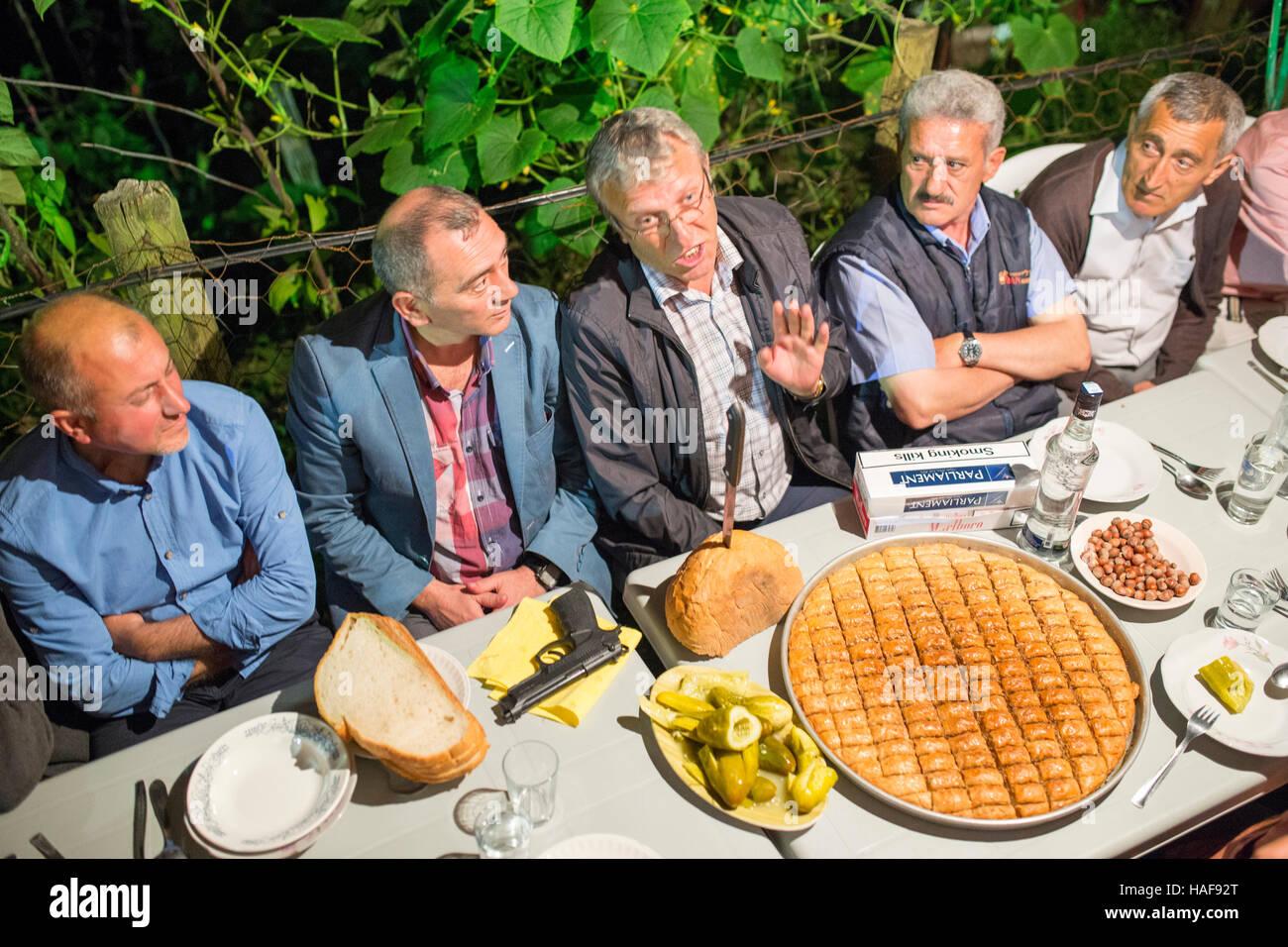 Kochen besondere Gerichte in der Hochzeit von Armeniern Hemsin Provinz des östlichen Schwarzen Meer. Stockbild