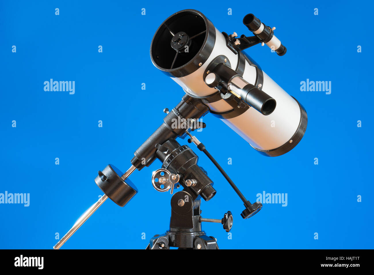 Amateur teleskop für astronomische beobachtungen stockfoto bild