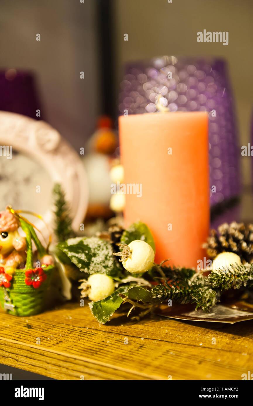 Weihnachtsarrangement Kerzen Baum Zweige Bild Rahmen und Boxen ...