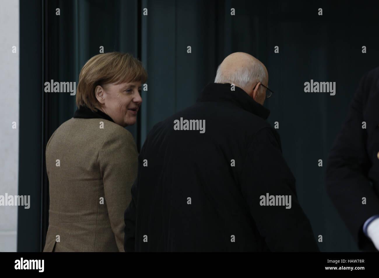 Merkel begrüßt vergoß Präsident Napolitano Stockbild