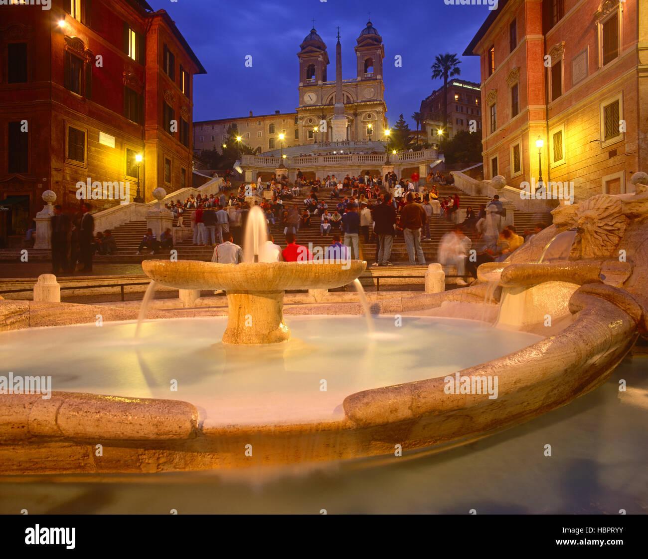 Spanische Treppe in der Abenddämmerung, Rom, Latium, Italien Stockfoto