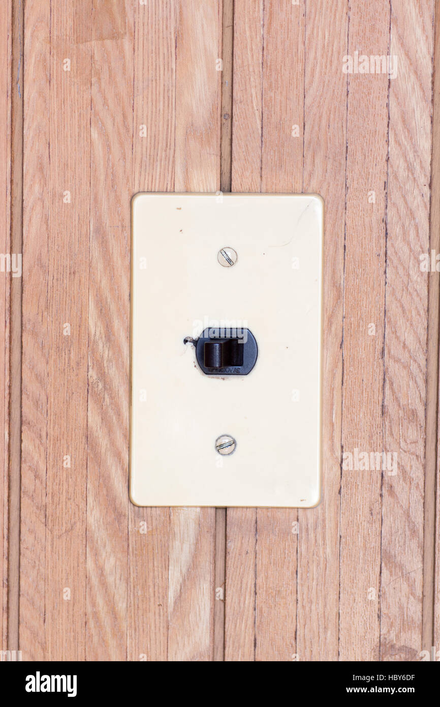 Atemberaubend Elektrische Schalter Und Ausgangsverdrahtung Bilder ...
