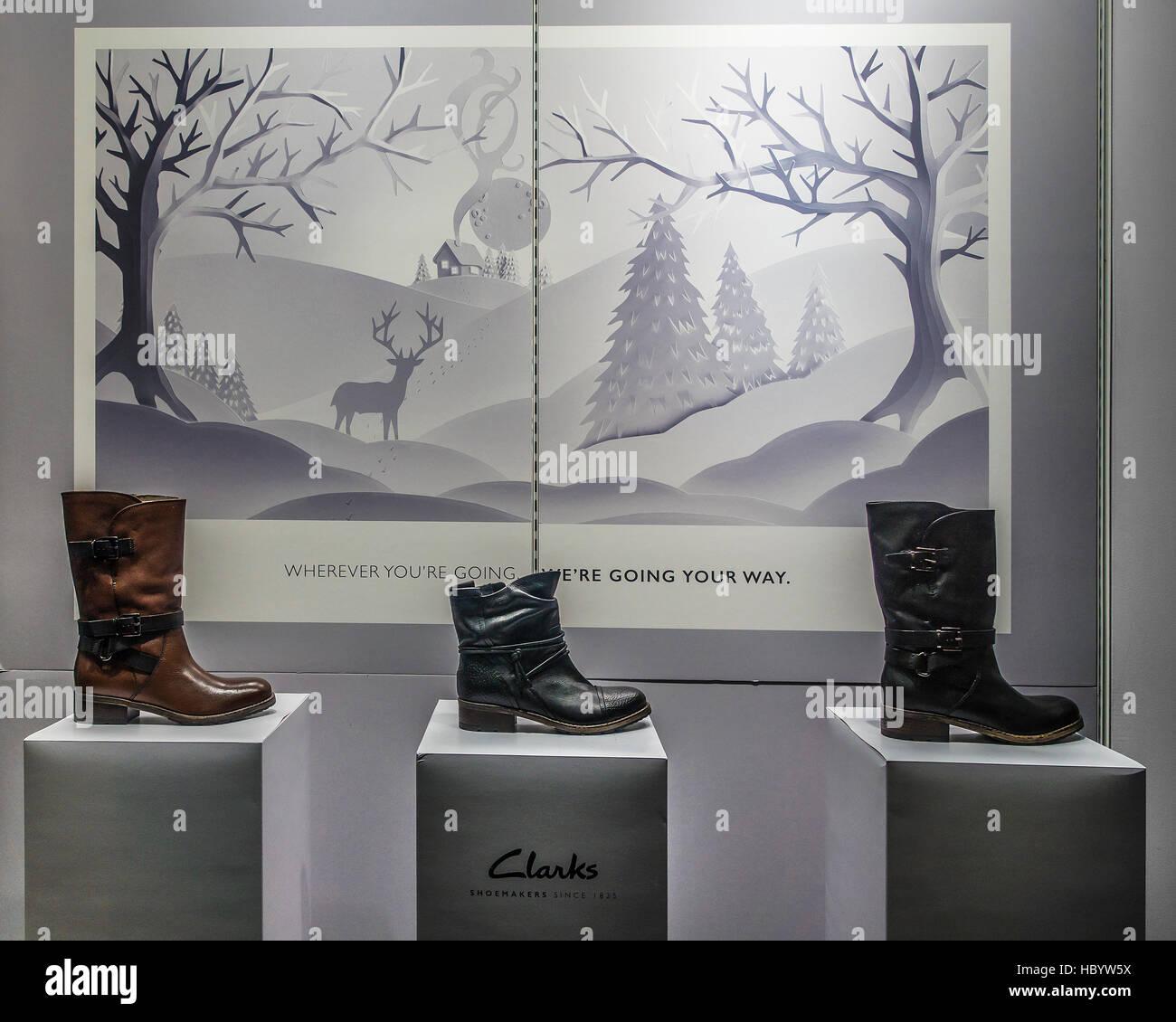 Clarks Schuh Shop Weihnachten Fenster Anzeige Whitefriars Canterbury ...