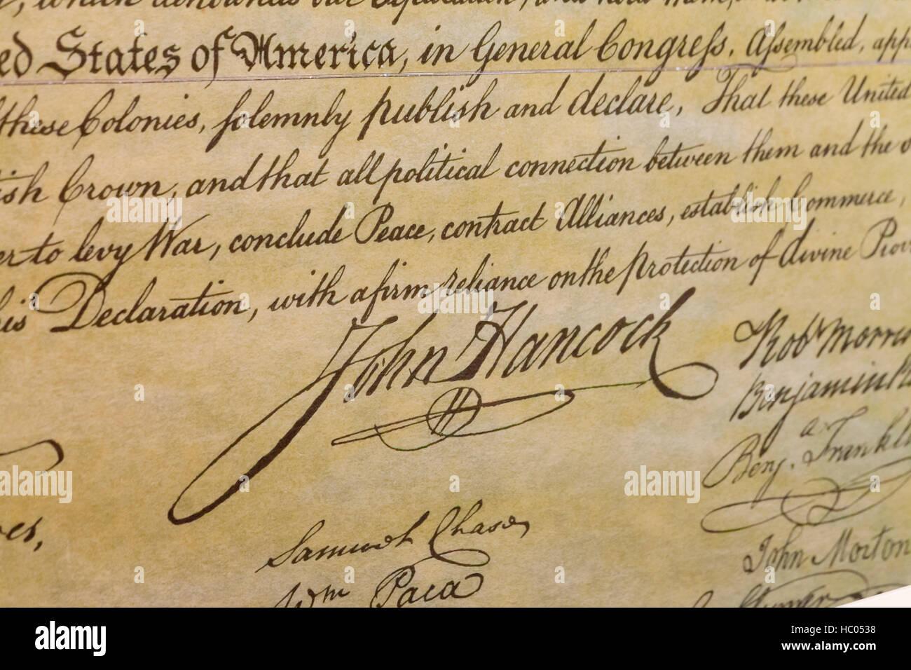 John Hancock Signatur wie gezeigt auf die vertieft Kopie der Unabhängigkeitserklärung Stockbild