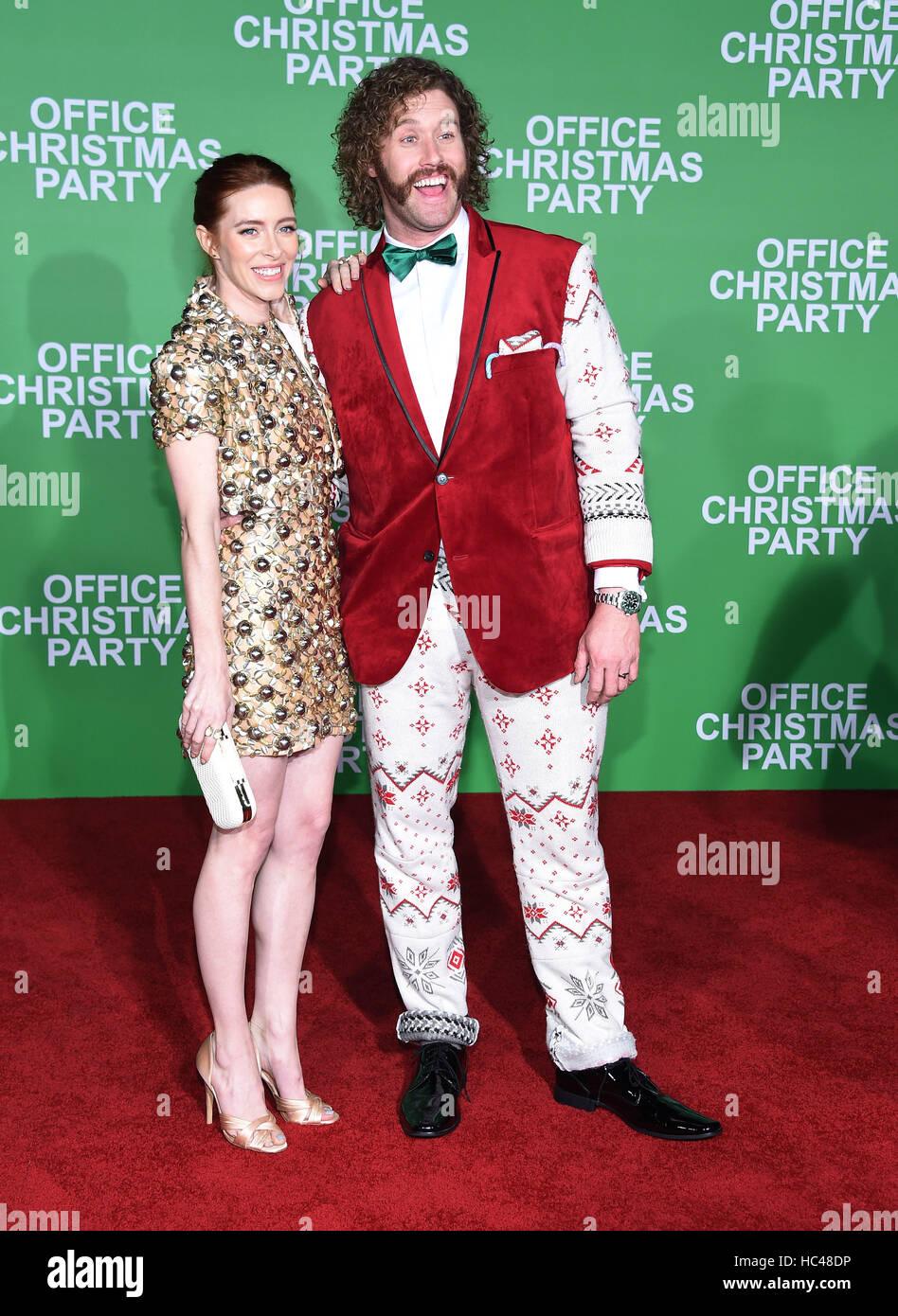 Westwood, Kalifornien, USA. 7. Dezember 2016. T.j. Miller und Kate Gorney kommt für die Premiere des Films Stockbild