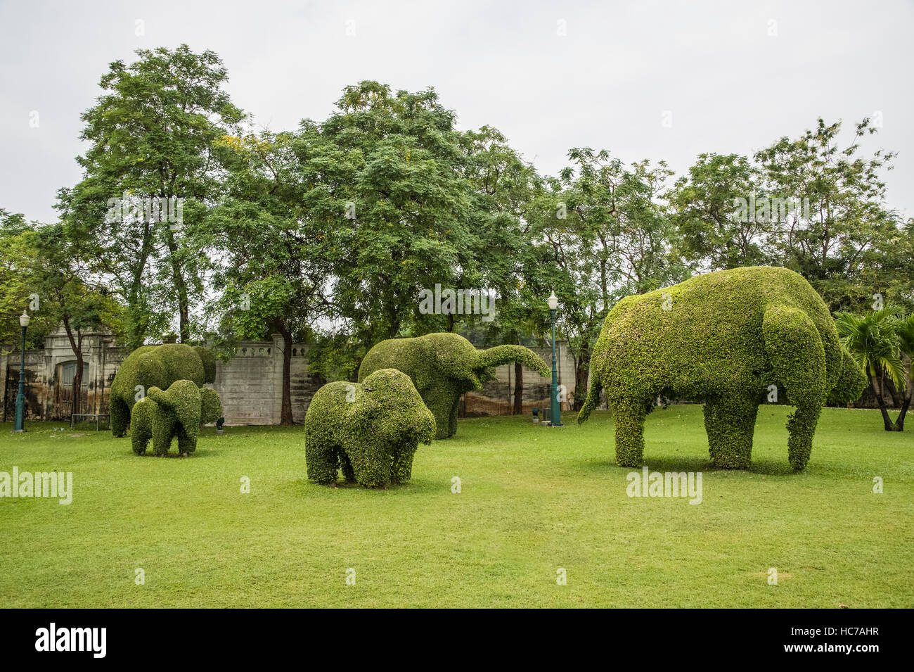 Bang Pa In Herrenhäuser Gärten, Elefanten