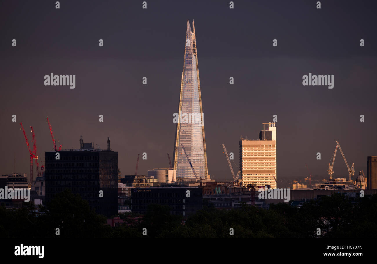the shard stockfotos the shard bilder alamy. Black Bedroom Furniture Sets. Home Design Ideas