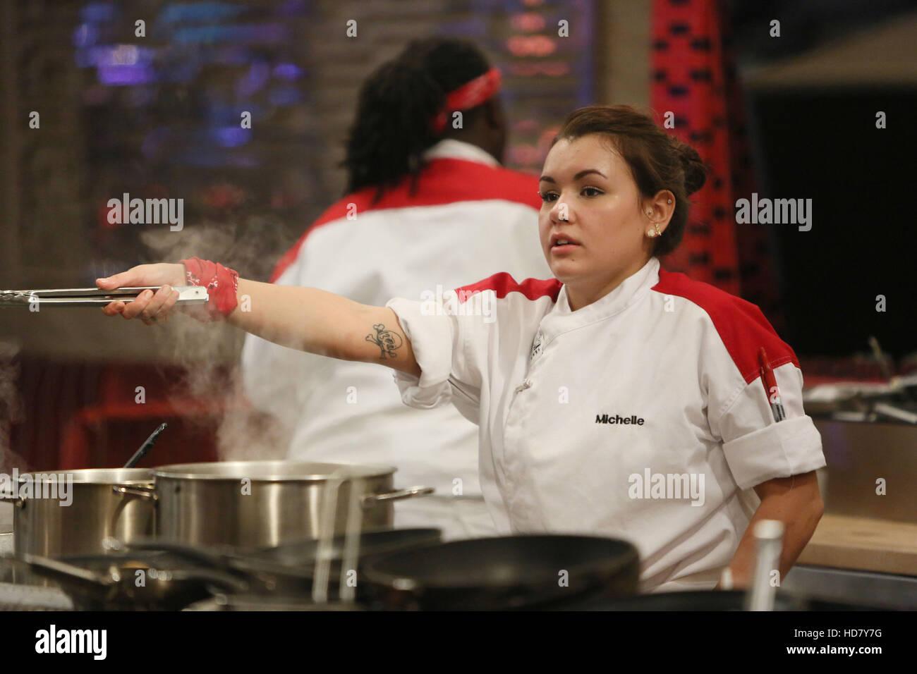 Hells Kitchen Michelle In 17 Chefs Compete Staffel 14 Folge 2 Luftete 10 Marz 2015 Ph Greg Gayne Tm Und Copyright Stockfotografie Alamy