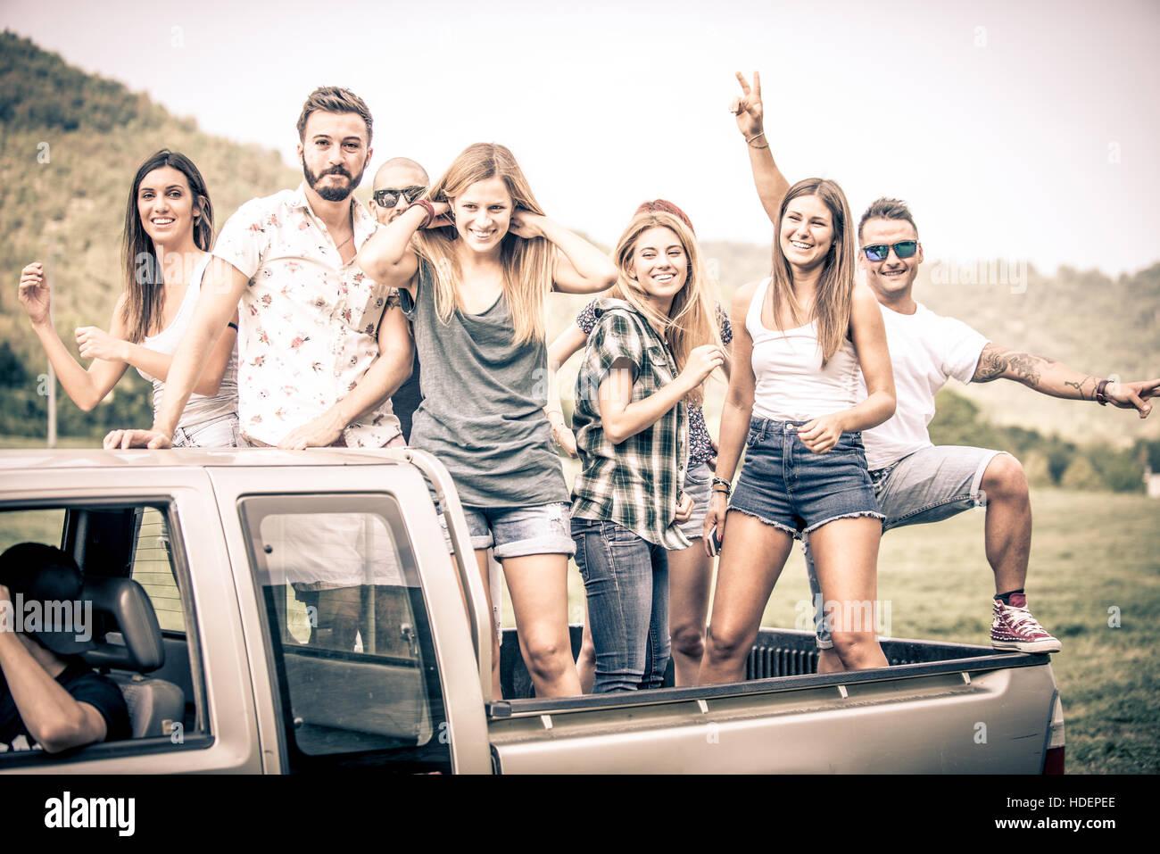 Frauen auf der suche nach männern delk road