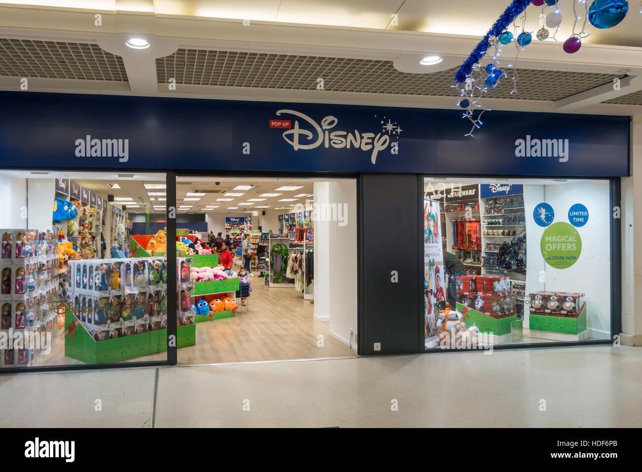 Pop-up temporäre Disney Shop Verkauf Kinderspielzeug und Spiele vor ...