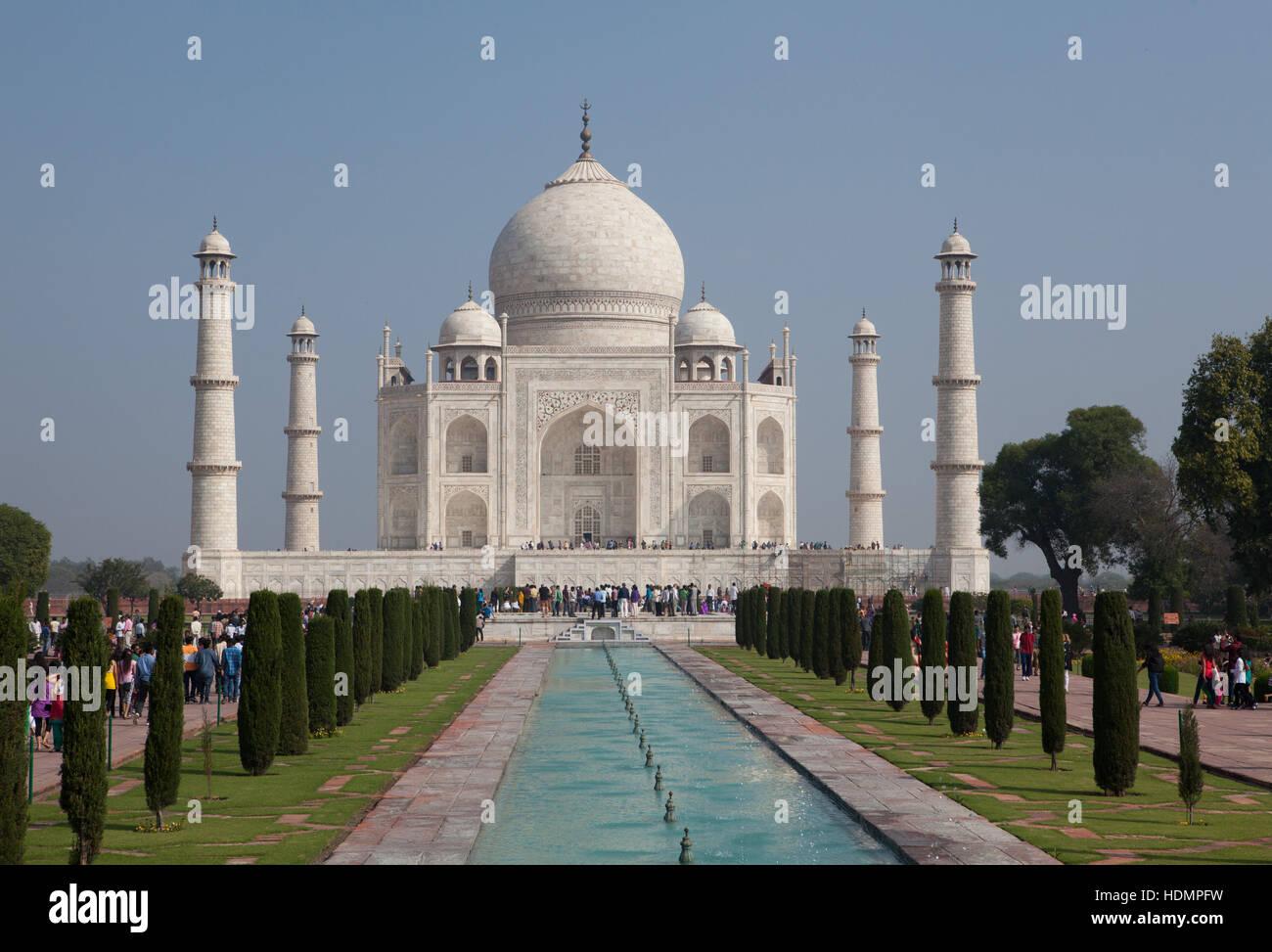 Das Taj Mahal-Mausoleum, Südansicht, Uttar Pradesh, Indien Stockbild