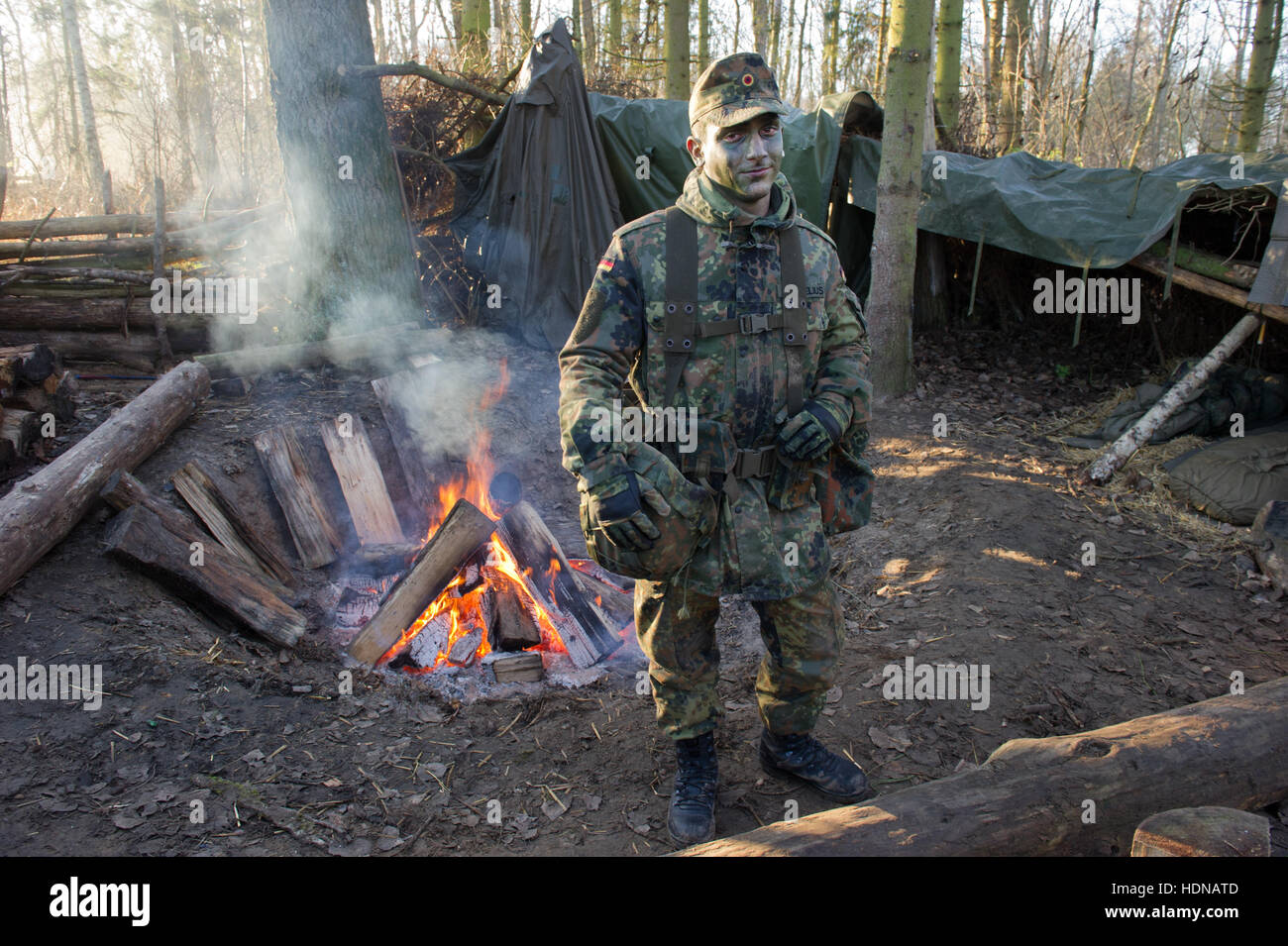 Der Soldat Jerome Demelius Komplettiert Seine Grundausbildung Auf