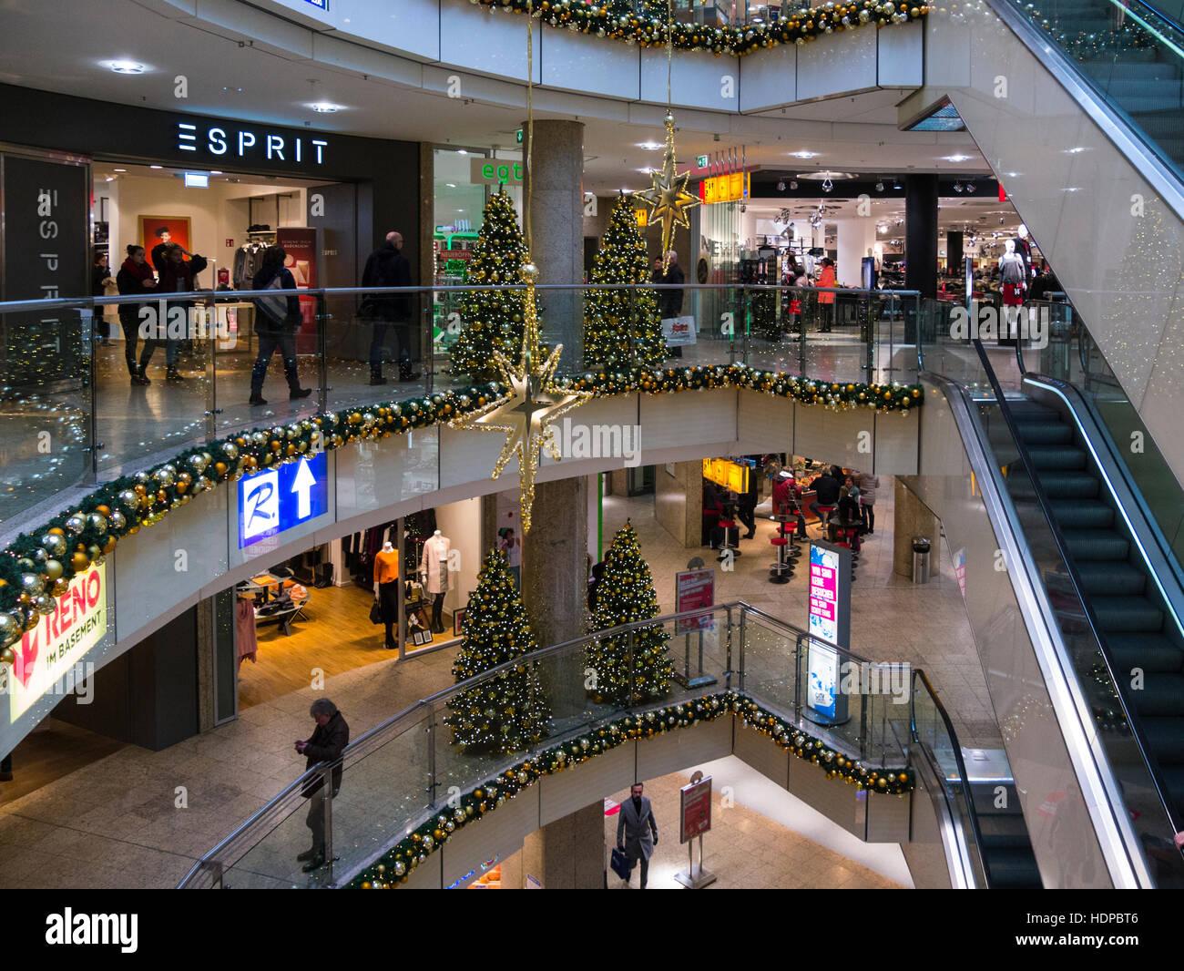 Im Einkaufszentrum City Point Dekoriert Für Weihnachten Nürnberg