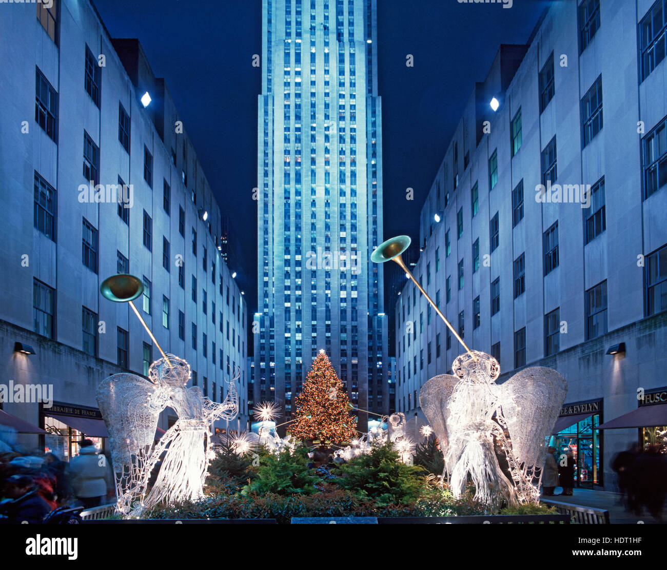 christmas tree angels rockefeller center stockfotos. Black Bedroom Furniture Sets. Home Design Ideas