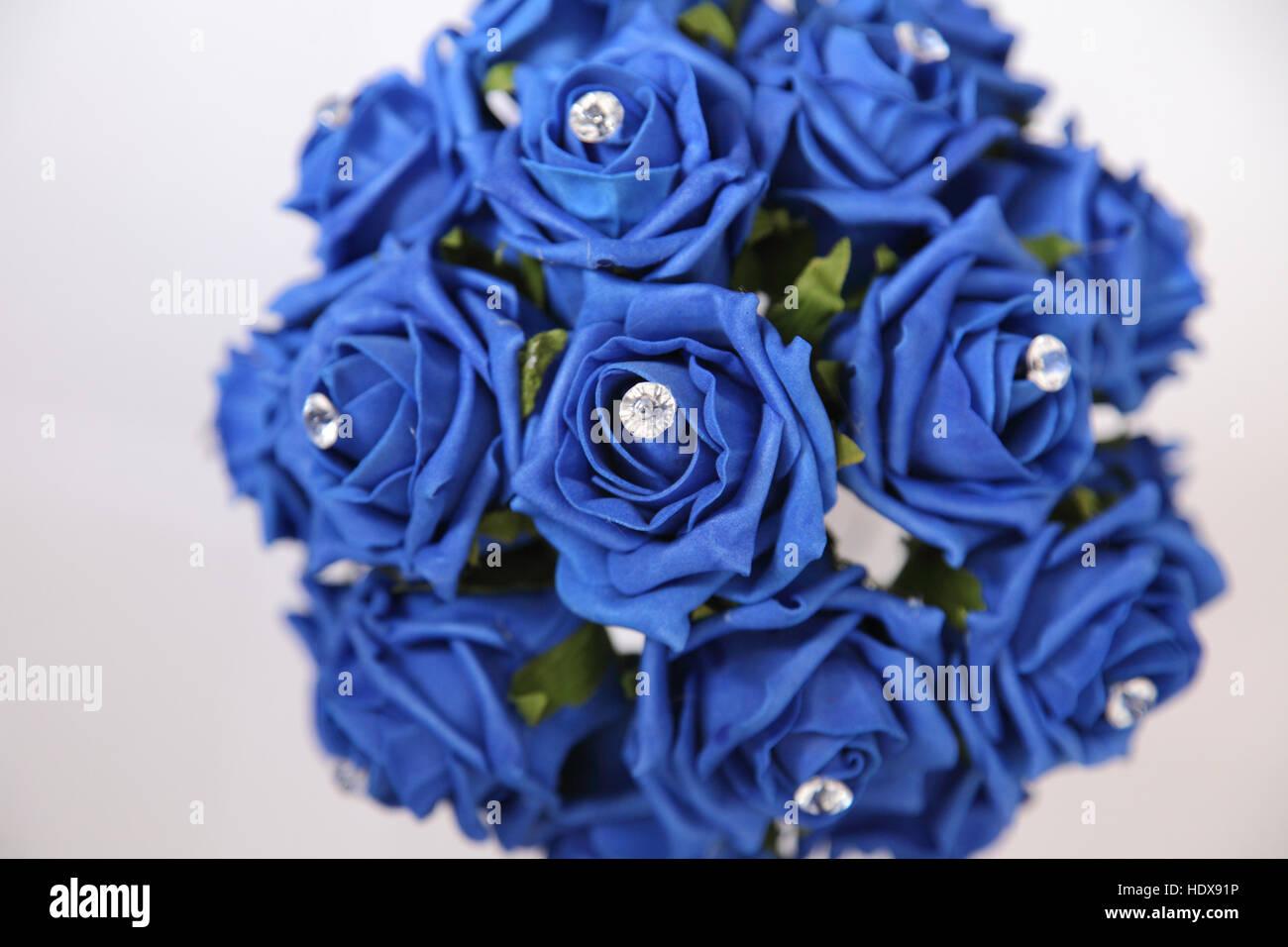 Blaue Seide Rose Hochzeit Bouquet Mit Glas Diamanten Eingebettet
