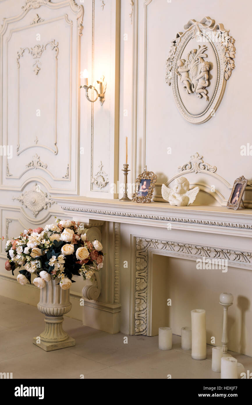 Luxus-Wohnung, klassische Wohnzimmer. Luxuriöse Vintage Interieur ...