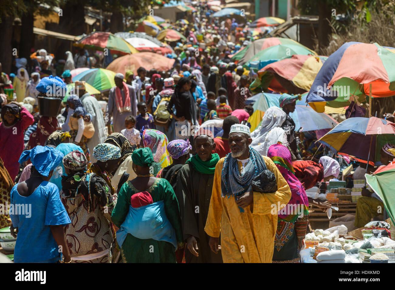 Markt am Sonntag in Mali ville, Guinea Stockbild