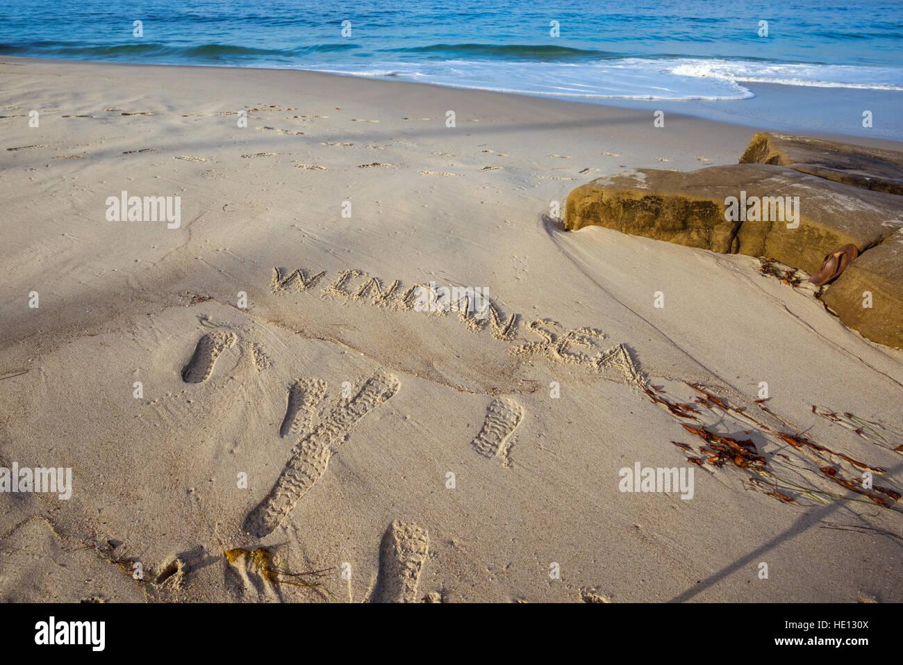 "das Wort ""Windansea"" in den Sand geschrieben. Windansea Beach, La Jolla, Kalifornien. Stockfoto"