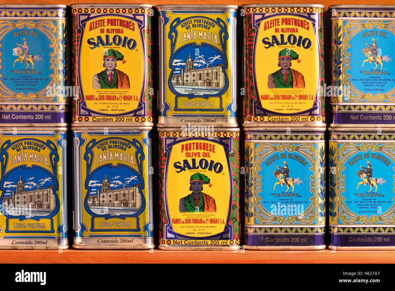 Traditionelle portugiesische Olivenöl Marken in Blechdosen Nostalgie Stockbild