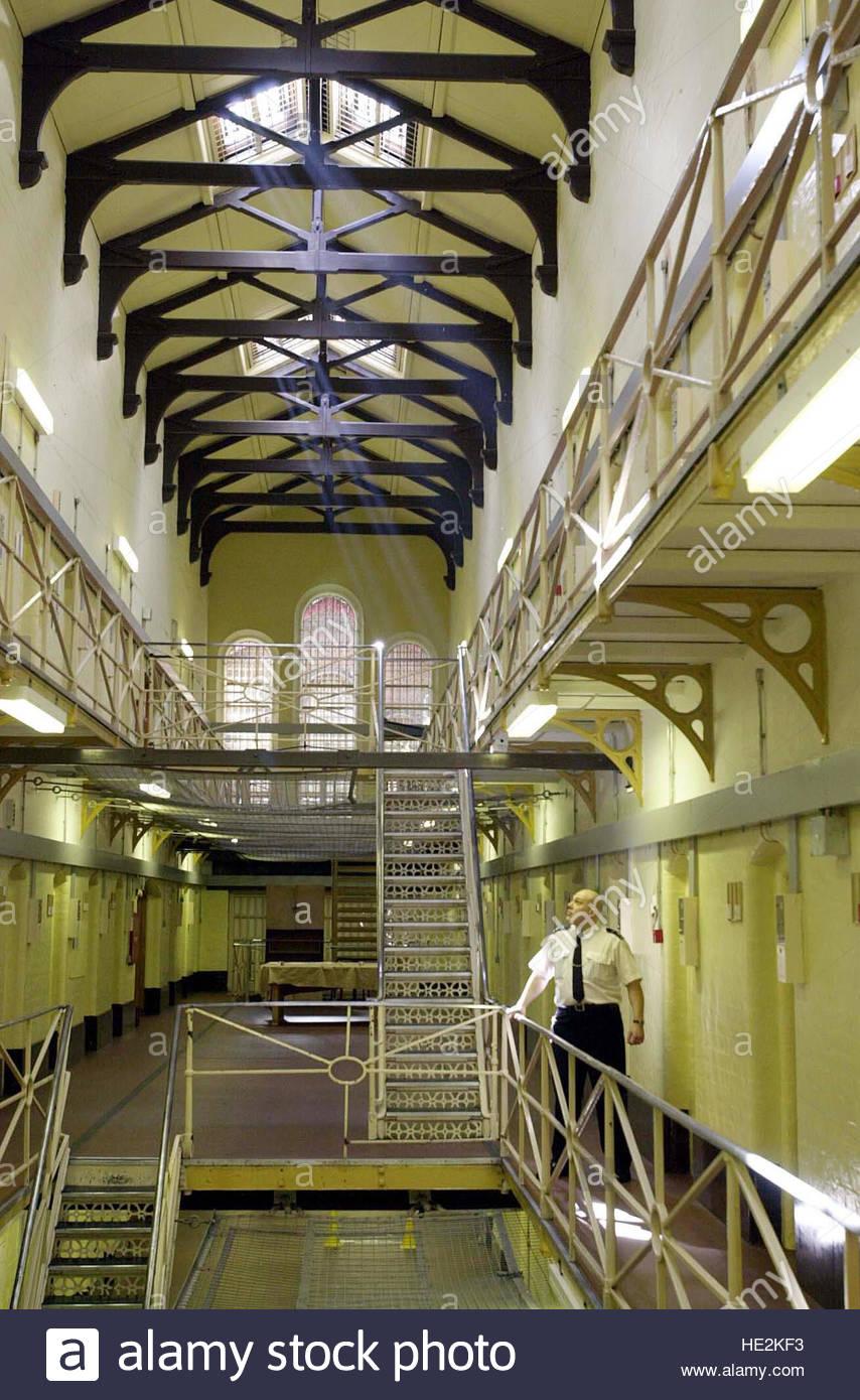 Datierung einer Person im Gefängnis
