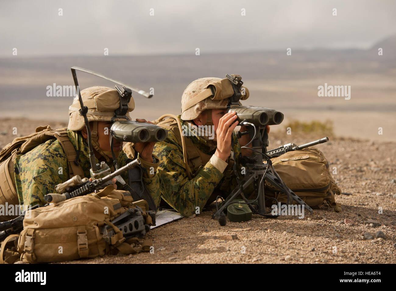 Laser Entfernungsmesser Wasseroberfläche : Scout observer stockfotos & bilder alamy