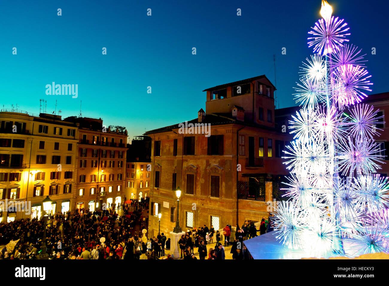 Weihnachten LED-Baum, angeboten von Bulgari; an der Spanischen ...