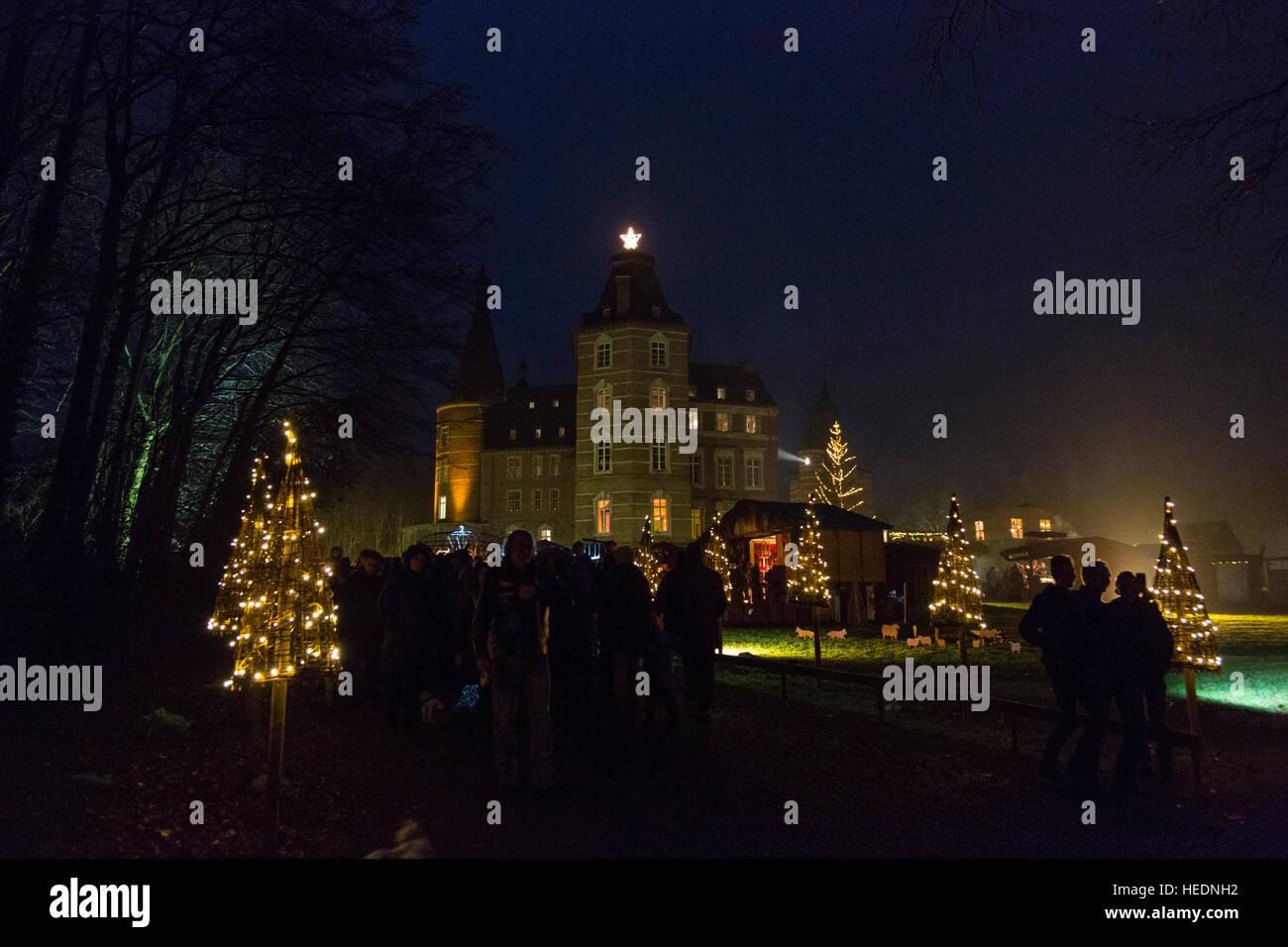 Weihnachtsmarkt Schloss Merode.Langerwehe Merode Nrw Deutschland 17 Dezember 2016 Tausende