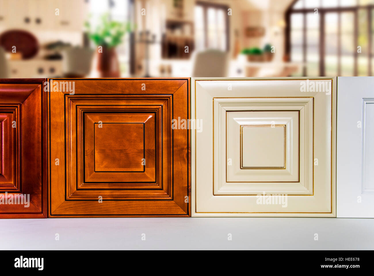 Wood Doors Stockfotos & Wood Doors Bilder - Alamy