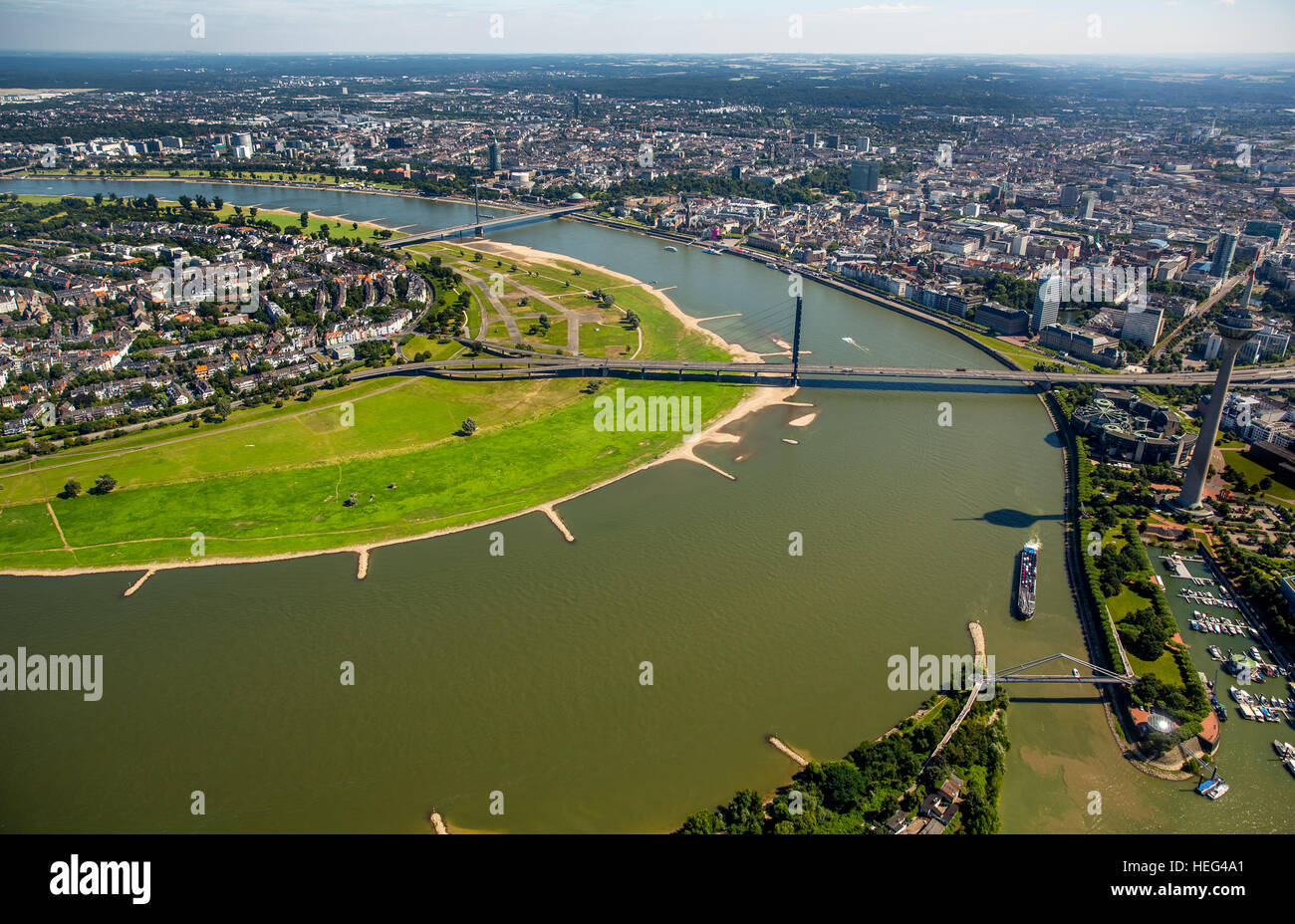 Rhine At Oberkassel Stockfotos & Rhine At Oberkassel Bilder - Alamy