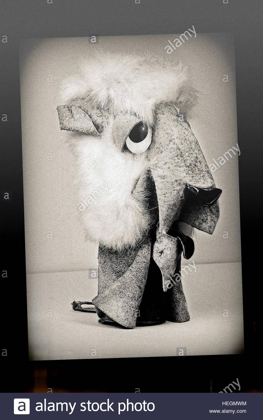 Löwe-Jahrgang Mitte Jahrhundert Wildleder weiches Spielzeug Retro-Studio gedreht Stockbild