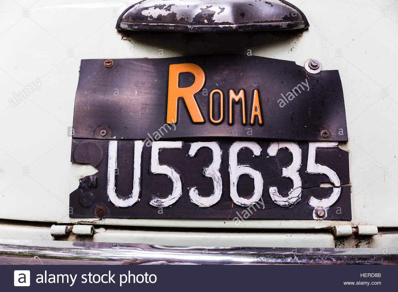 Archivierung, Stoßstange, Capital Cities, Auto, Oldtimer, Close-Up, Farbe Bild, Fiat 500 L, Horizontal, keine Stockbild