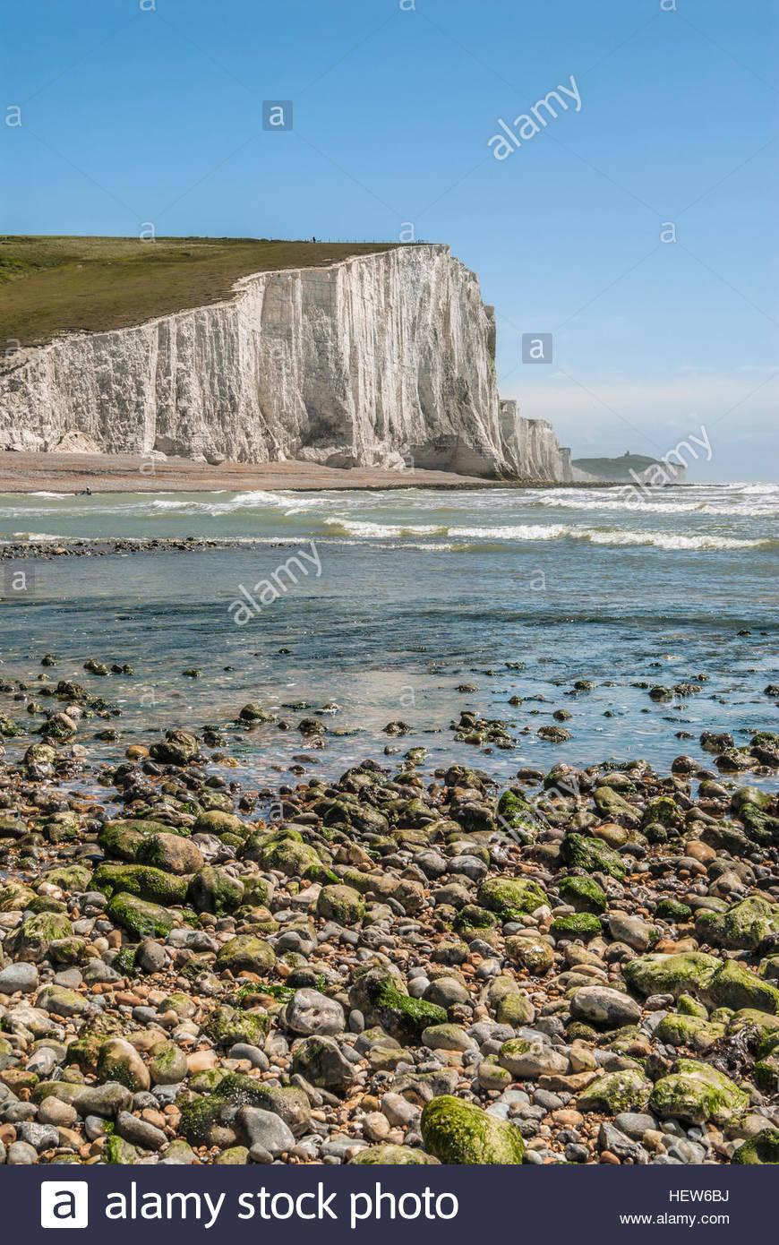 Blick über die sieben Schwester-Cliff-Bildung in der Nähe von Eastbourne, East Sussex, Südengland. Stockbild